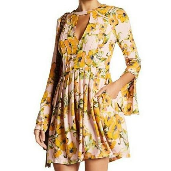 f309667f434de Free People Dresses & Skirts - Free People Tegan Floral Printed Cutout Dress